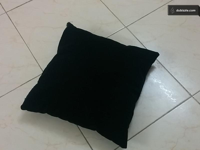 Black Square Pillow For Sale Olx Dubizzle Oman