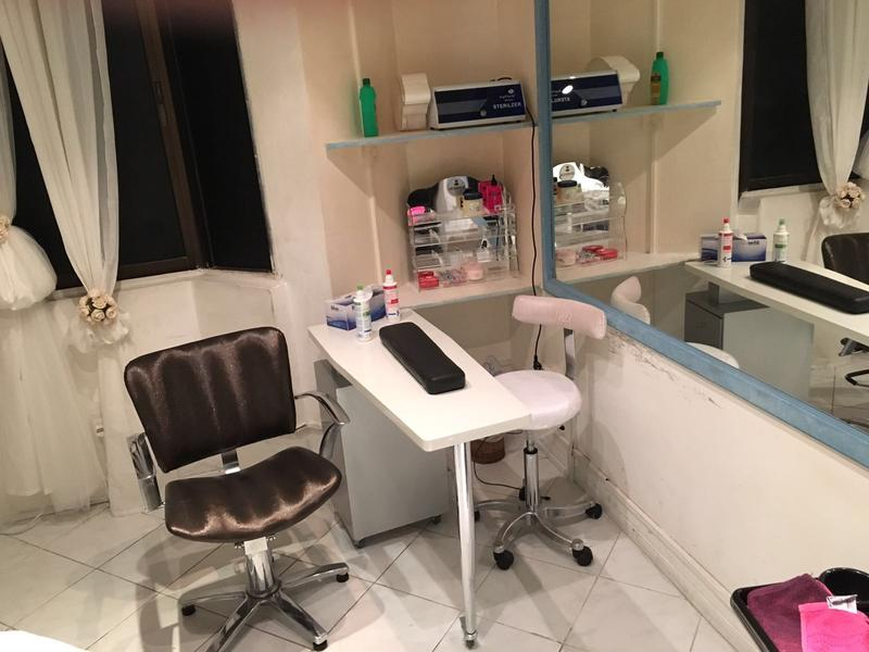 Dubizzle Abu Dhabi Retail For Sale Commercial Beauty Salon With Furniture And Equipments For