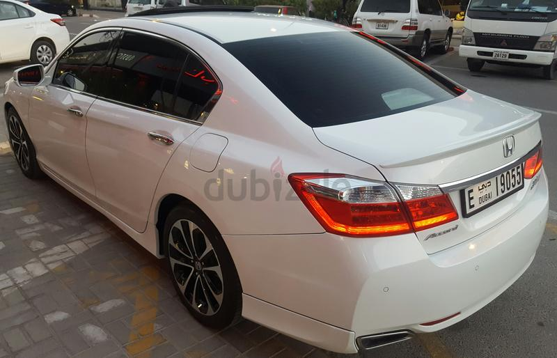 dubizzle dubai accord honda accord v6 sport 2015 full option top of range gcc spice km 49500. Black Bedroom Furniture Sets. Home Design Ideas