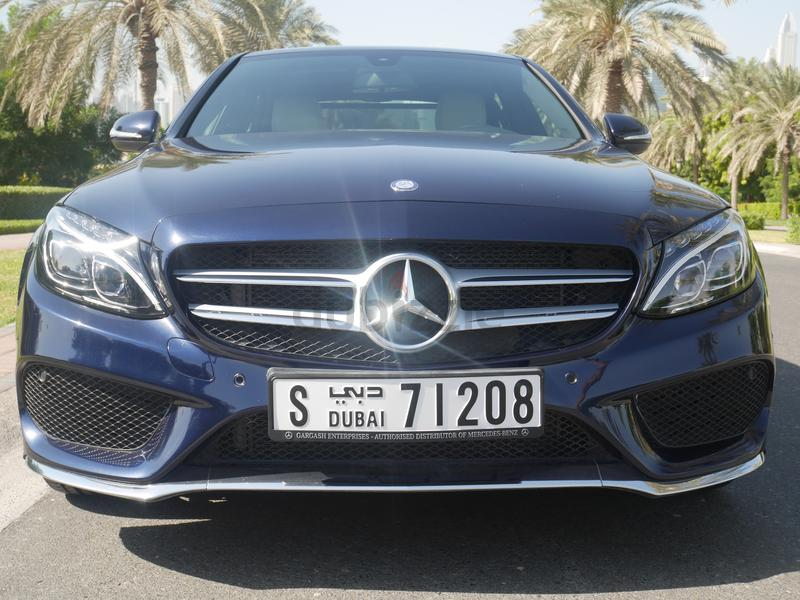 dubizzle dubai c class mercedes benz c200 amg warranty 2020 service package. Black Bedroom Furniture Sets. Home Design Ideas