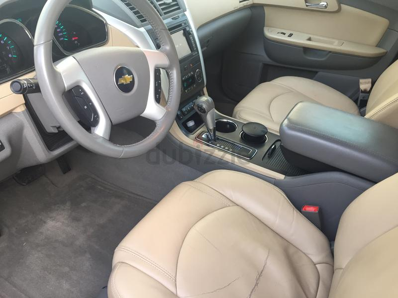 Dubizzle dubai traverse 2011 chevrolet traverse full for Traverse city motors used cars