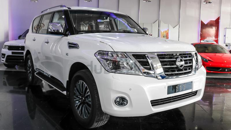 dubizzle dubai patrol nissan patrol platinum vvel dig 2017 white. Black Bedroom Furniture Sets. Home Design Ideas