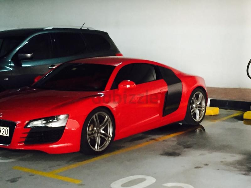 dubizzle dubai r8 2009 audi r8 v8 for sale reduced price 180k. Black Bedroom Furniture Sets. Home Design Ideas