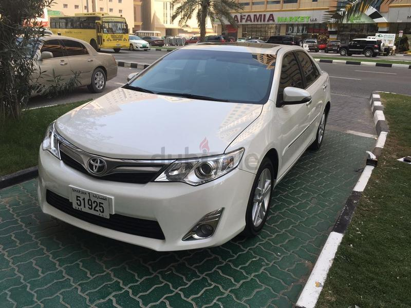 dubizzle dubai camry toyota camry 2015 very clean under warranty 28 000 km gcc. Black Bedroom Furniture Sets. Home Design Ideas