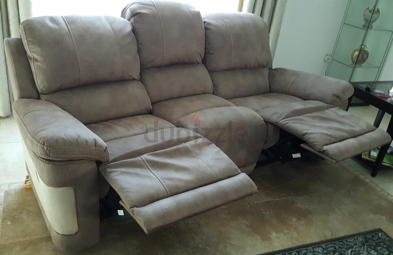 Dubizzle Dubai Sofas Futons Lounges Leather Like 3 1 Recliner Sofas At Fantastic Price