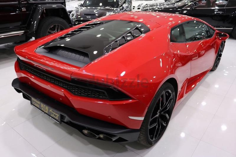 dubizzle dubai huracan lamborghini lp610 4 huracan 2015 gcc 1000kms only engine glass. Black Bedroom Furniture Sets. Home Design Ideas