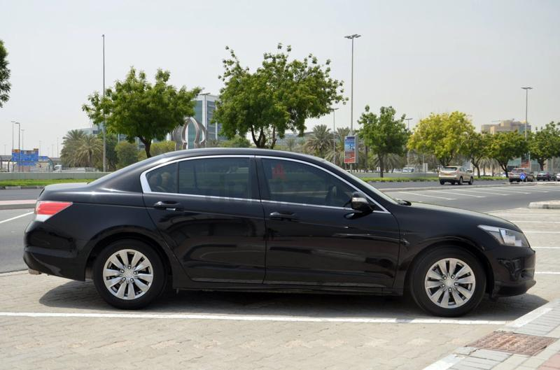 dubizzle dubai accord honda accord 2 4l black color 2010 perfect condition. Black Bedroom Furniture Sets. Home Design Ideas
