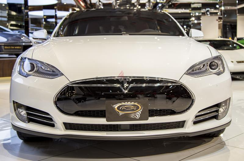 tesla model s rent dubai