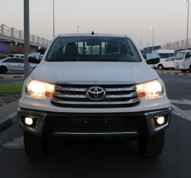 Car Parts Export In Dubai Mail: Hilux: (2018) Toyota Hilux 2.4 Diesel AT