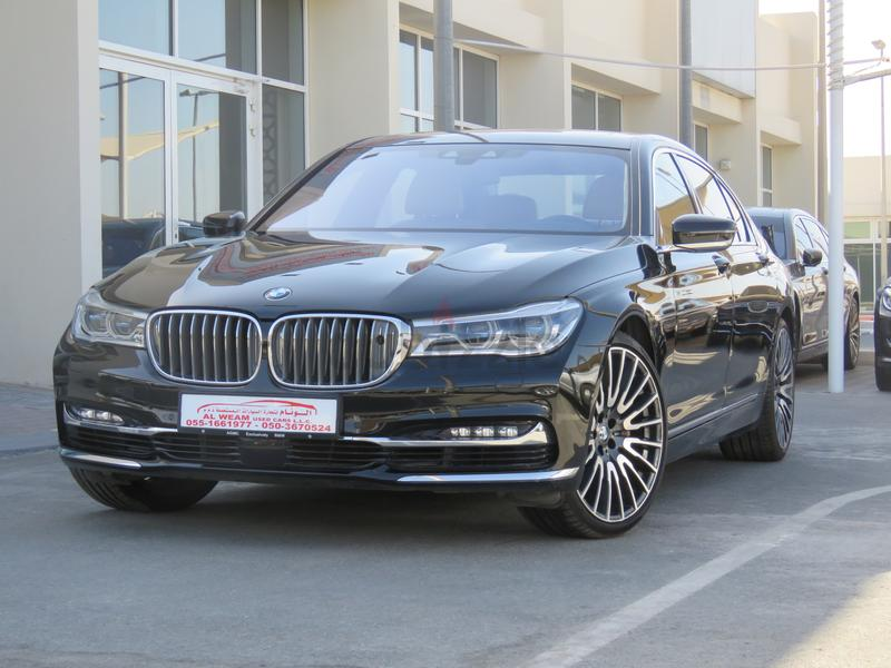 BMW 750Li XDRIVE 2017 BLACK UNDER WARRANTY AND SERVICE IN EXCELLENT CONDITION GCC SPECS