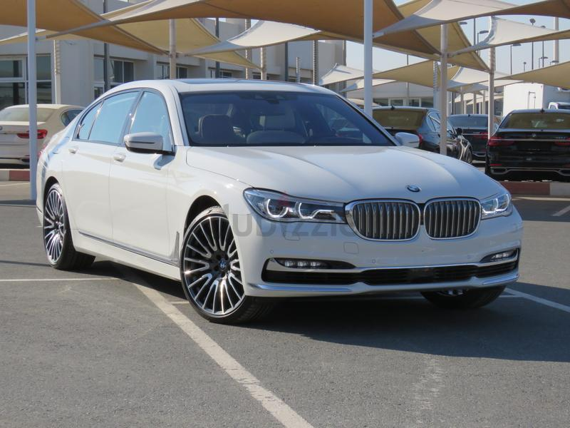 BMW 750Li XDRIVE 2016 EXECUTIVE LOUNGE WHITE 0 KM UNDER WARRANTY AND SERVICE GCC SPECS