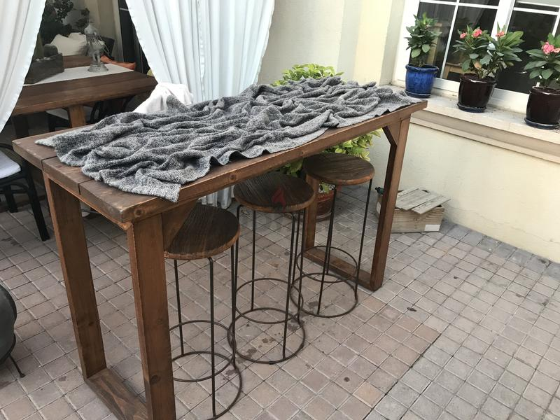 garden center bar with 3 stools aed 500 - Garden Furniture Dubai