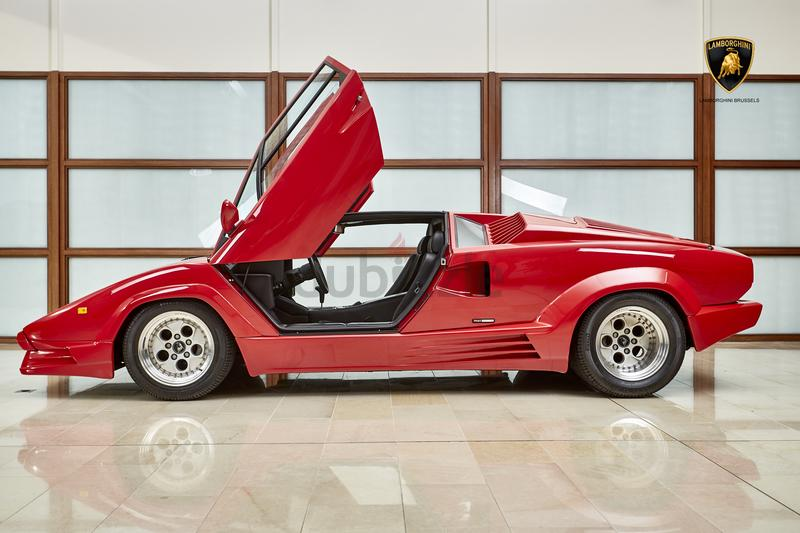 dubizzle dubai countach lamborghini countach 1989. Black Bedroom Furniture Sets. Home Design Ideas