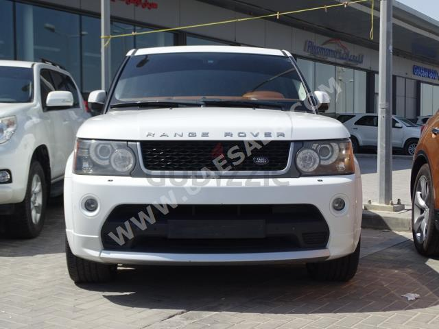Land Rover Range Rover Sport 2011 found on KarSouq.com