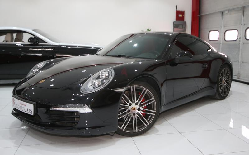 porsche 911 carrera s 2015 black red 13000 km warranty until feb 2018 - Porsche 911 2015 Black