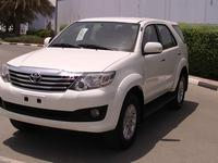 TOYOTA FORTUNER 2014FREE ONE YEAR U...