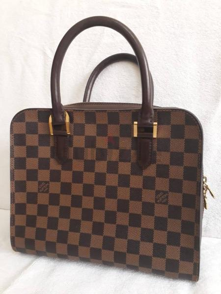 Preowned Authentic Louis Vuitton Square tea handbag - AED 2 6dd0fb2d0