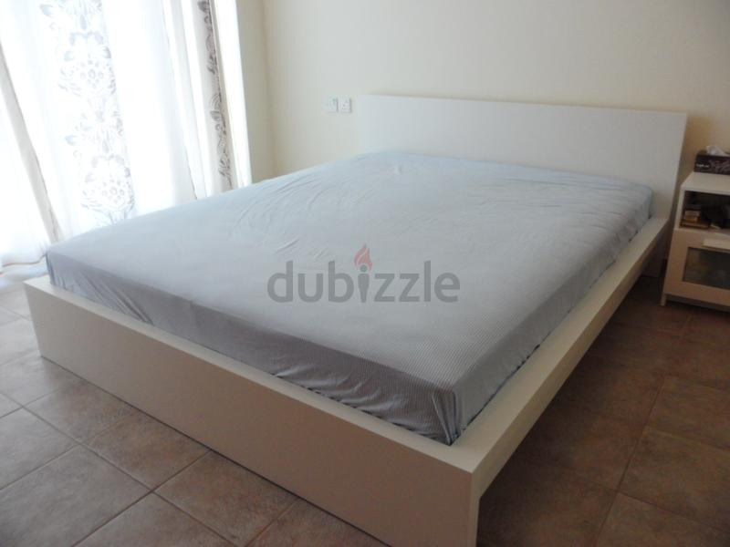 45e68960b05 GREAT DEAL-LOVELY KING SIZE PURE WHITE BED FRAME - AED 699