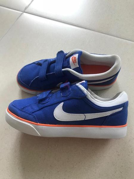 508375a0ed7c4f Kids Nike Trainers - Size - for sale - AED 50