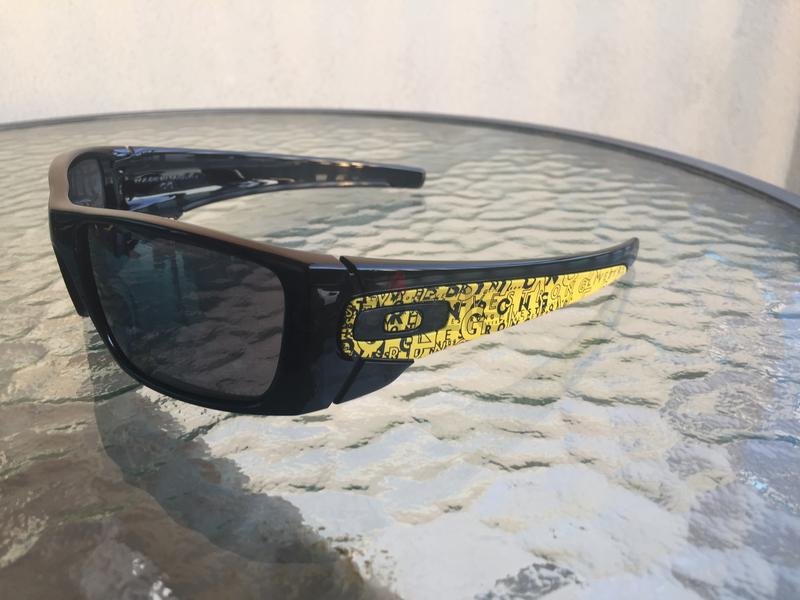 4243bce73d Oakley Fuel Cell Livestrong Sunglasses Black Iridium Lens - AED 400