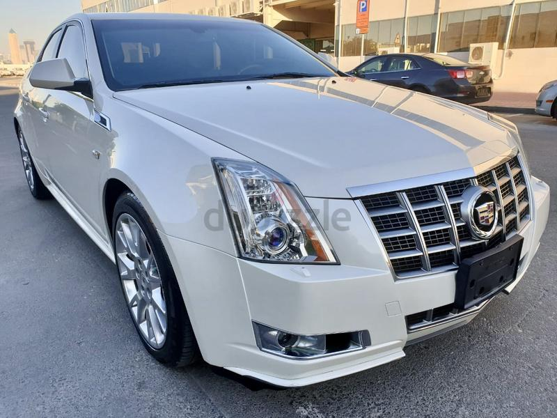 Dubizzle Dubai Cts Catera 2012 Cadillac Cts 3 6l V6 Gcc With Full