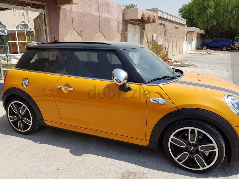 Dubizzle Dubai Cooper Mini Cooper S 2018 Orange Jcw Body Kit