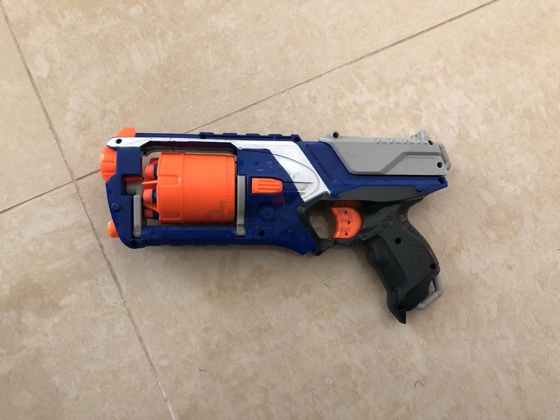 3 Nerf Gun Lot!! N Strike, Strong arm Strongarm, and a Laser Pointer model!