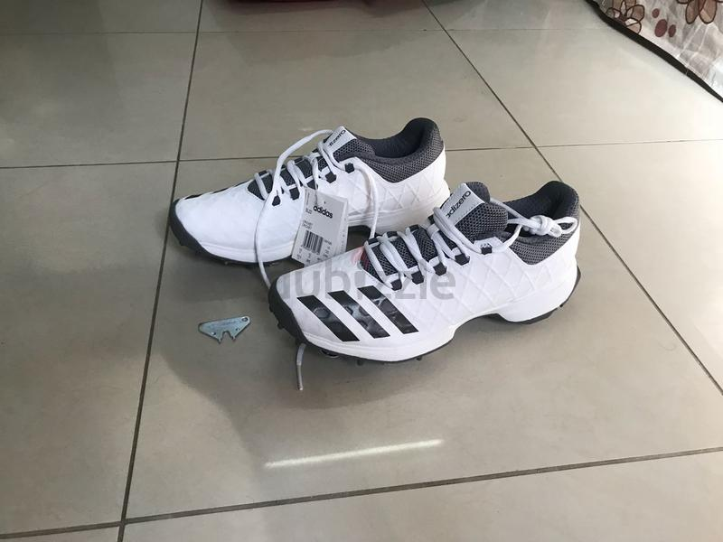 Adidas sl22 cricket spikes shoes 2018 latest model - AED 450 1b74661bd