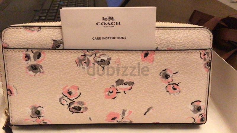 26a175477d99 Coach Wallet - AED 350