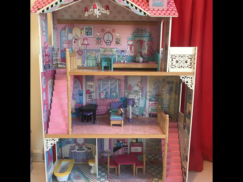 Dubizzle Dubai Dolls Stuffed Animals Dollhouse