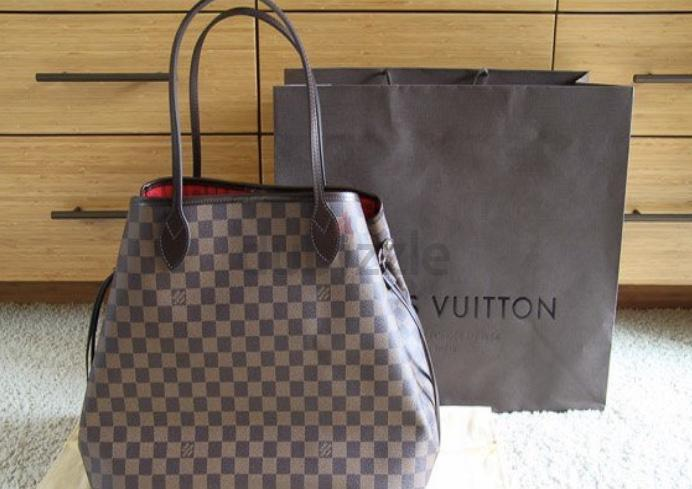 4f9e1472487c Louis Vuitton Neverfull GM - AED 2