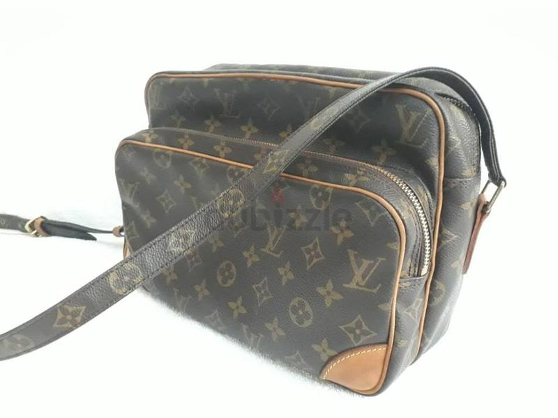 4e2f85436133 ... MM Vanilla Black Preowned Louis Vuitton Nile Shoulder bag - AED 1