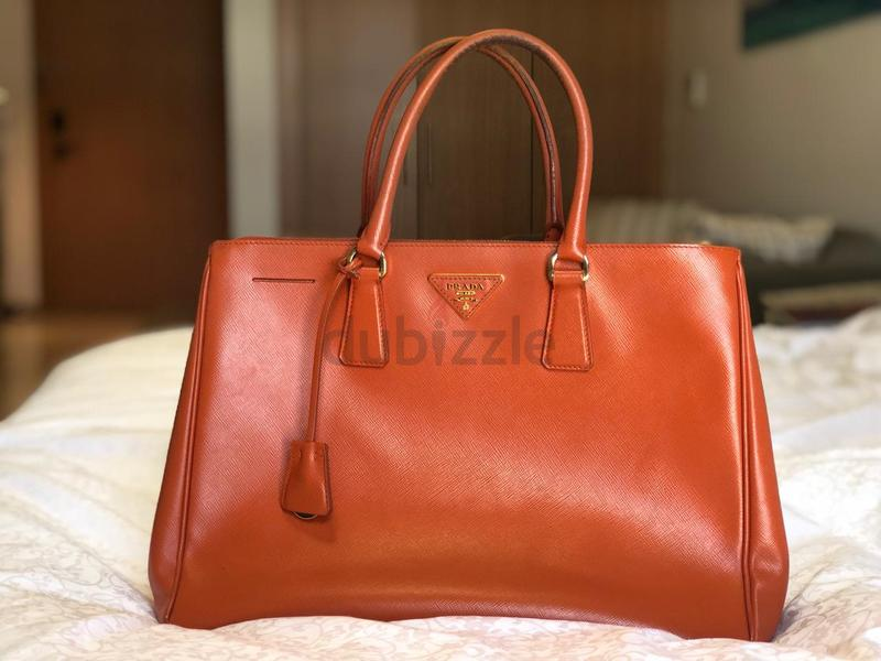 04a9b9bc3b9a Prada handbag big ORIGINAL must see 2017 2018 - AED 1