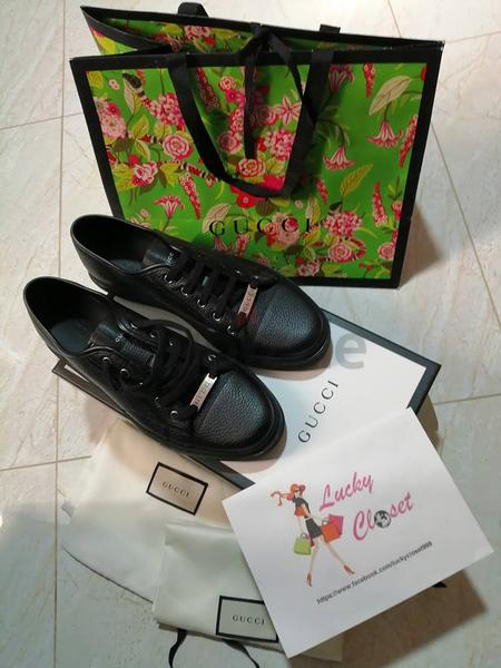 3d47b1edb16 For Sale  Authentic GUCCI Shoes - AED 1