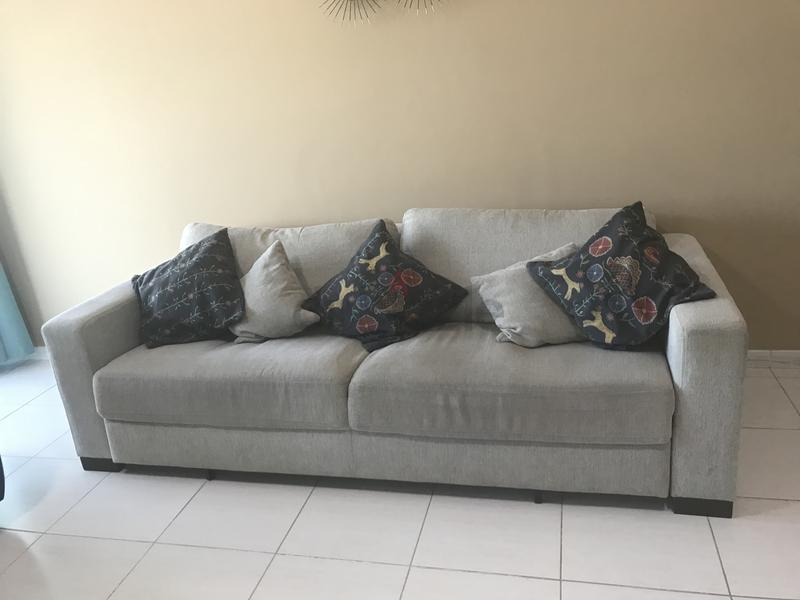 Dubizzle Dubai Sofas Futons Lounges Sofa Bed Home Centre