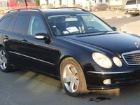 مرسيدس بنز الفئة-E 2004 MERCEDES BENZ E500 STATION WAGON