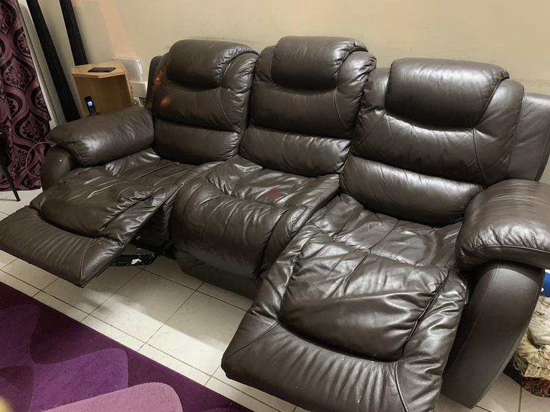 Dubizzle Dubai Sofas Futons Lounges 3 Seater Leather Recliner