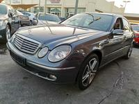 Mercedes-Benz E-Class 2006 Mercedes E350 2006 Japan Full option in very ...