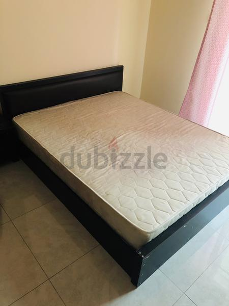 online store 87664 a565b Queen Size Bed with Mattress for Sale