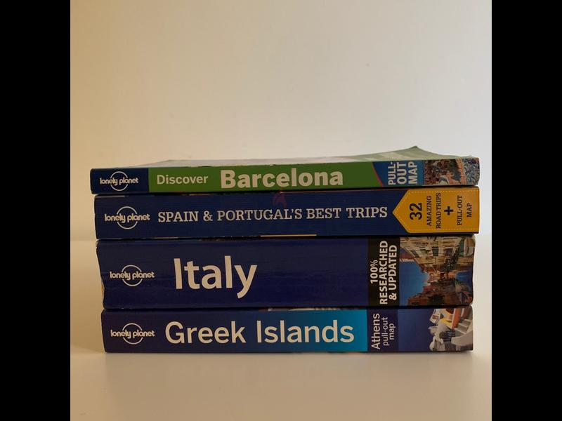 Lonely Planet - BOOK Set for Travelers