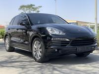 Porsche Cayenne 2013 Porsche Cayenne S V8 Gcc Full option