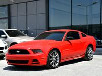 Ford Mustang 2013 موستنج 2013 قير عادي سته سلندر
