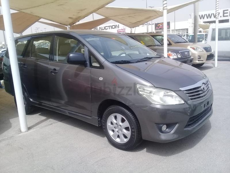 Toyota Innova 2013 Model GCC Personal Using Perfect Condition Free Accident  Smoothly Drive