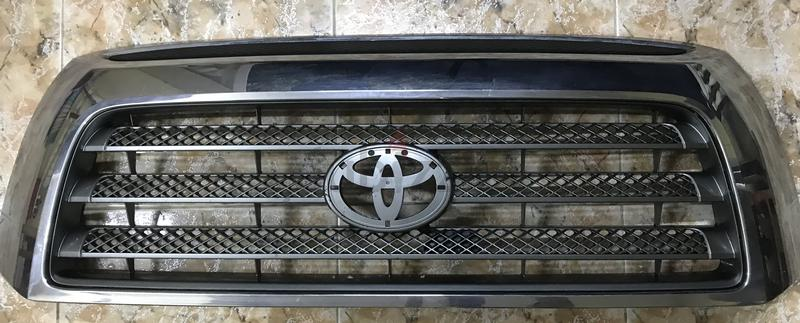 Tundra front Radiator Grill