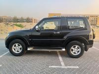 Mitsubishi Pajero 2009 Mitsubishi Pajero gcc 2009 v6 mid options 2do...