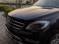 مرسيدس بنز الفئة-M 2013 Mercedes ML350 AMG 2013 black full option