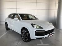 بورشه كايان 2018 Cayenne Turbo REF# USD1338